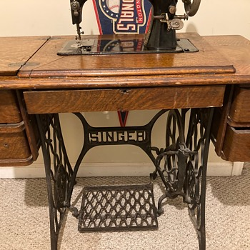 Con-Sew's Rebuilt Singer Machine - Sewing