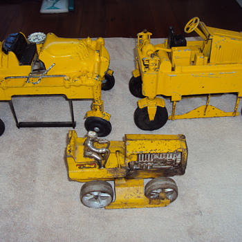 Old Cast Iron Toys  - Toys