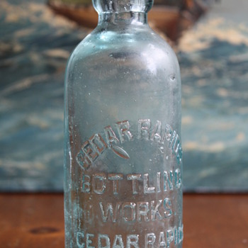 Cedar Rapids Bottling Works Bottle - Bottles