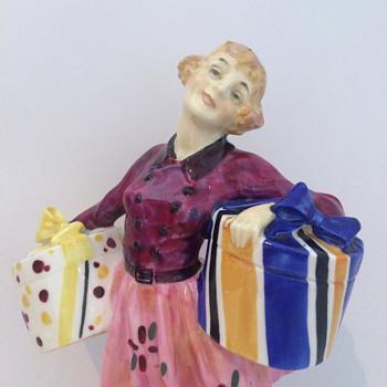 Midinette HN1289 Royal Doulton Figurine 1928-1936 - Figurines