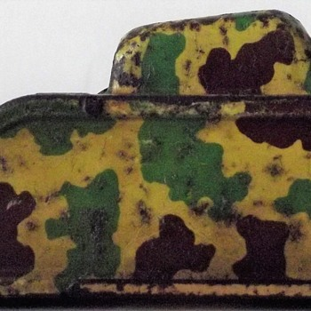 Tin Plate WW1 Tank - Military and Wartime