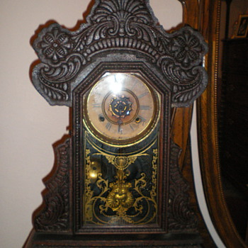 Waterbury Clock - supposedly pre Civil War but can't read style. - Clocks