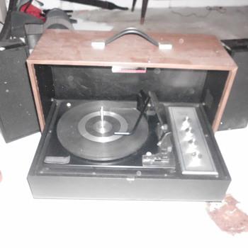 sylvania stereo - Radios