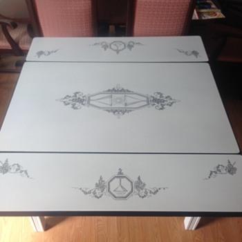 Unique porcelain top table - Furniture