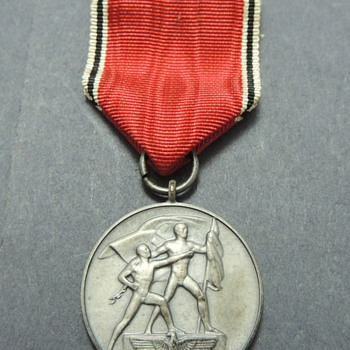 German WWII Austrian Anschluss Medal - Military and Wartime