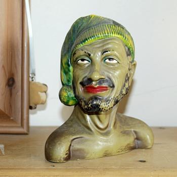Pottery bust/figurine - Pottery