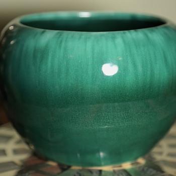 Beautifully Glazed California Pottery Planter / Bowl - Pottery