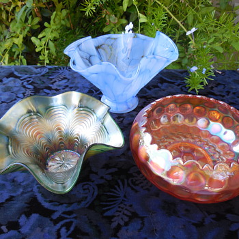 Three Art Glass Bowls Is Fenton The Maker Of Two? Then Who? - Art Glass