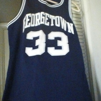 Georgetown Jersey. - Basketball