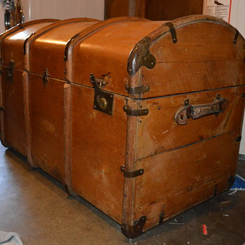 Trunk/Chest help needed - Furniture