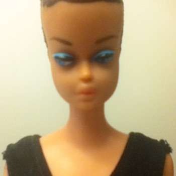 "Early 1960s ""Fashion Queen"" Barbie Doll - Dolls"