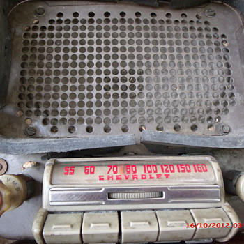 Scrap Metal yard saved 1942-48 Chevrolet radio FREE