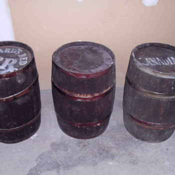Three wooden barrels. - Breweriana