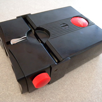 1950's Red Button Stereo Realist 3D viewfinder. - Toys
