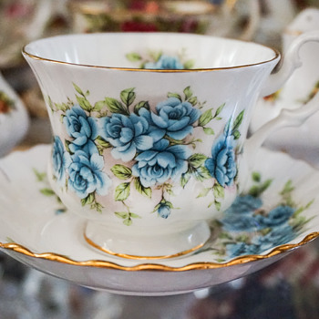 Miscellaneous Royal Albert Tea Cups with Saucers