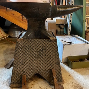 Antique anvil trenton or trexton - Tools and Hardware