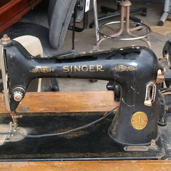 old singer - Sewing