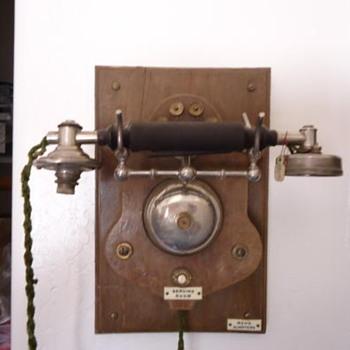 LM Ericsonn circa 1895 business phone - Telephones