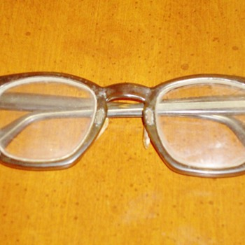 Old Glasses... - Accessories