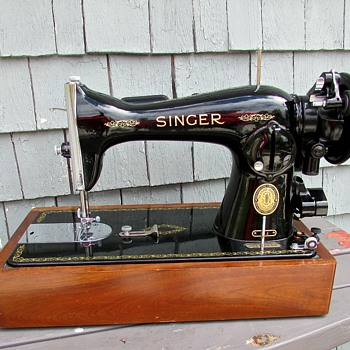 VINTAGE (& NEW!!!)  Machine  Sewing Unit Model 15J - Sewing