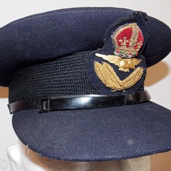 Royal Australian Air Force Officer's visor cap