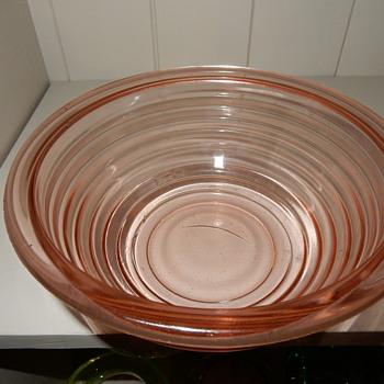 Anchor Hocking? Pink Bowl. - Glassware