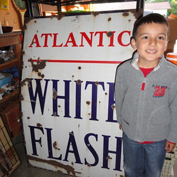 Atlantic White Flash Porcelain Sign - Petroliana