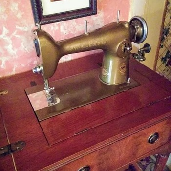 1926 Westinghouse By Free about 90 years old works great in original cabinet - Sewing