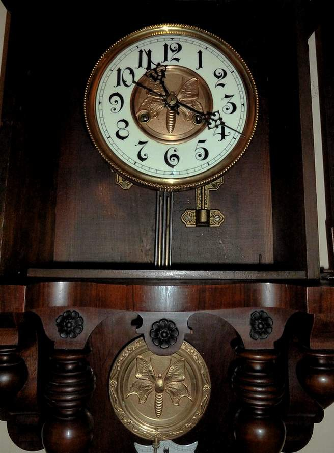 Freidrich Mauthe Free Swinger or Berliner Wall Clock