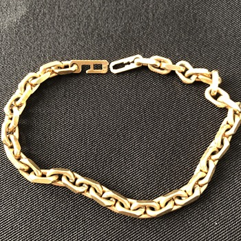 Chain-link bracelet.  Please help identify maker. - Costume Jewelry