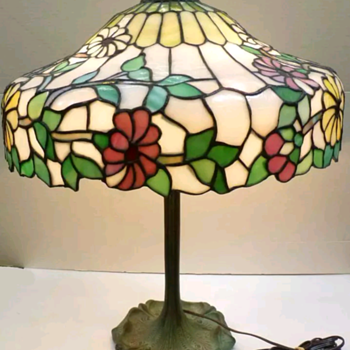 Chicago Mosaic water lily floral - Lamps