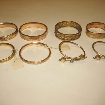 Vintage Gold Bracelets - Costume Jewelry