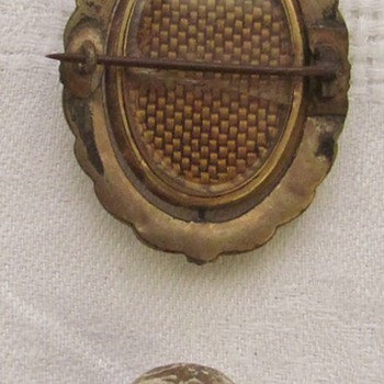 Victorian American Mourning Brooch & Civil War 'Shot' - Military and Wartime