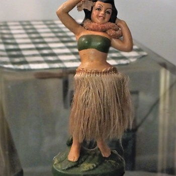 World War 2 Hula Doll, Pearl Harbor Souvenir - Advertising