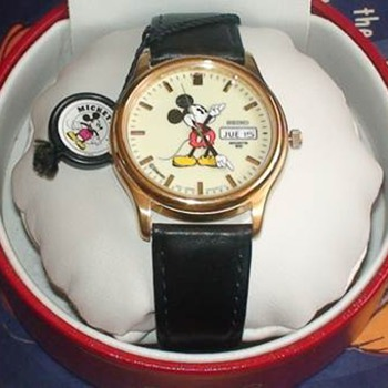 Mickey Seiko Lumibrite - Wristwatches
