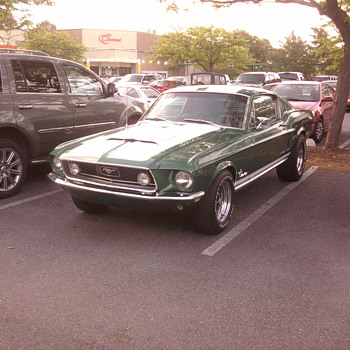 My nieghbors 1968 Mustang.  No Elanor here...  All Ford. - Classic Cars
