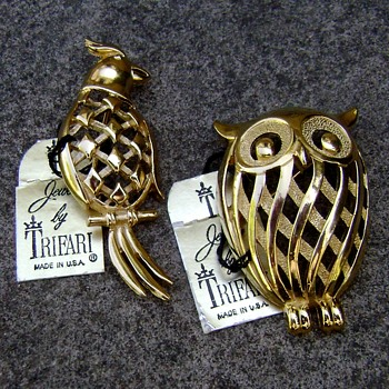 Trifari owl and parrot brooches - Costume Jewelry