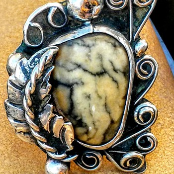 Vintage Native American Signed Sterling Silver Ring - Native American