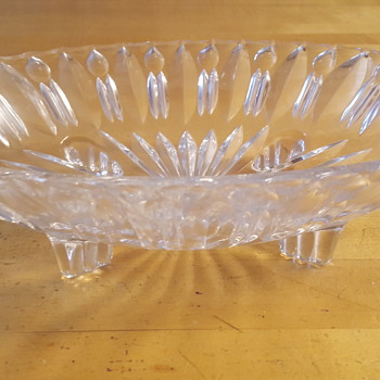Glass oval bowl - Glassware