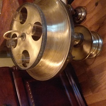 No clue what this lamp is but i like it..Will look good in my steampunk kitchen i am building - Lamps