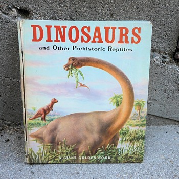 DINOSAURS and Other Prhistoric Reptiles A Giant Golden Book 1966 - Animals
