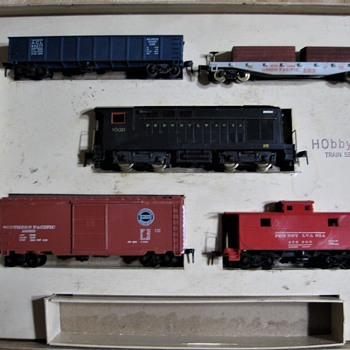 HObbyline 1953 train set #1. Yes it all starts here. - Model Trains