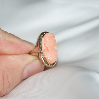 10K Vintage Gold and Carved Coral Ring - Fine Jewelry