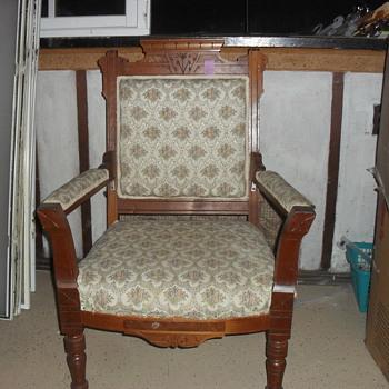 Vintage Arm Chair - Furniture