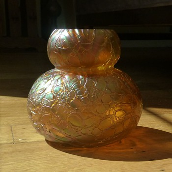 Kralik Crackle vase in iridescent amber-peach - Art Glass