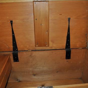 Scottish  steamer chest  1900 - Furniture