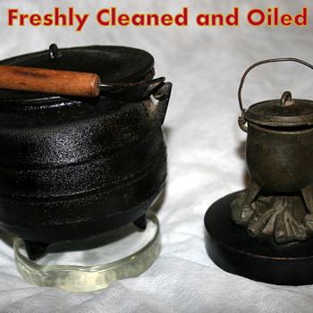 My 2 Valued Witch's Cauldron and Cauldron Match Holder - Kitchen