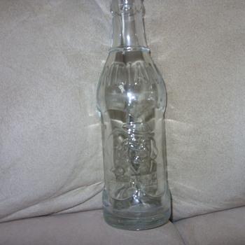 1925 bottled by coca cola quaker creme soda bottle