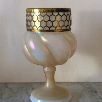 An unusual lobed mother of pearl footed urn - Art Glass