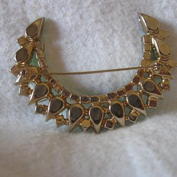 Antique - vintage Emerald Pin - Costume Jewelry